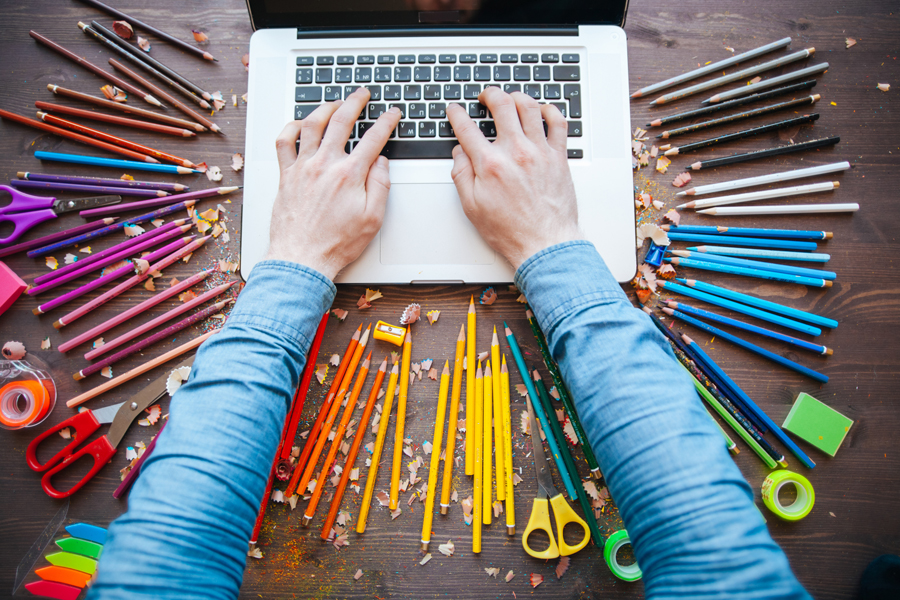 Creative Geniuses Who Use Blogging to Promote Their Art