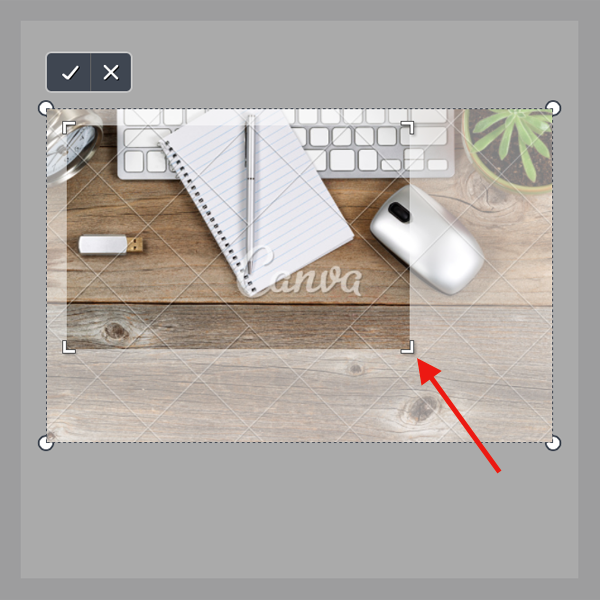 How to crop Canva images.