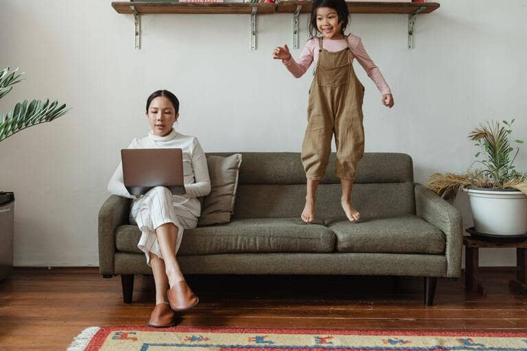 content marketing strategy working mom persona
