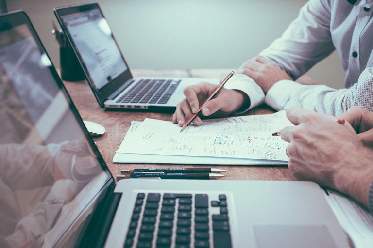legal writing jobs corporate writer