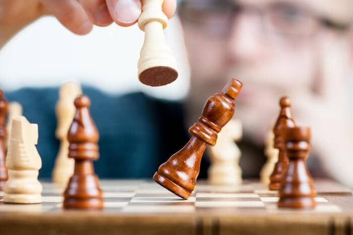 content writing queen defeats king chess